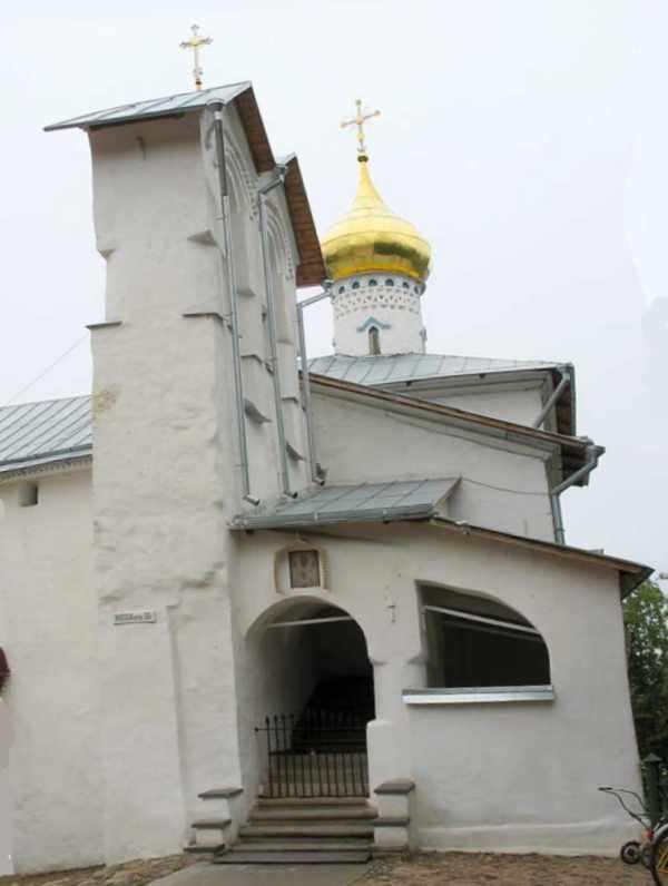 Псково-Печерский монастырь богослужения