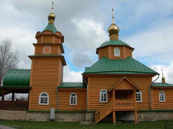 Никандрова Пустынь Церковь Царственных мучеников