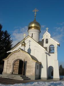 Храм Уара на Машкинским кладбище в Химках